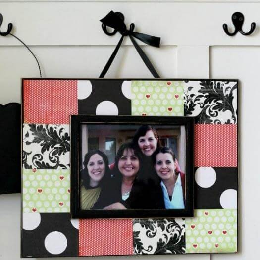 Scrapbook Frame Best Friend Mothers Day DIY Homemade Crafting Gift Ideas Inspiration How To Make Tutorials Recipes Gifts To Make