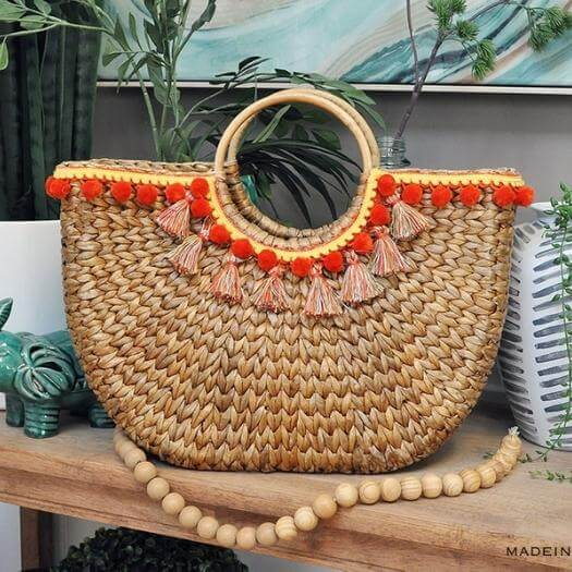 Tassel Basket Totes Unique Mothers Day DIY Homemade Crafting Gift Ideas Inspiration How To Make Tutorials Recipes Gifts To Make