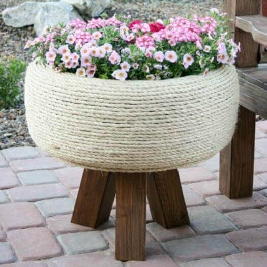 Tire Planter Grandma Mothers Day DIY Homemade Crafting Gift Ideas Inspiration How To Make Tutorials Recipes Gifts To Make