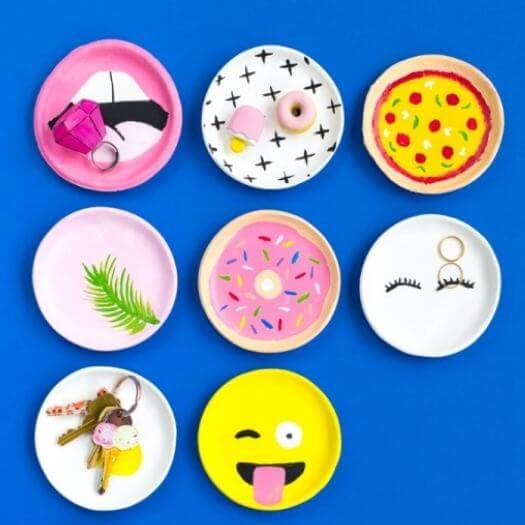 Trinket Dish Kids Mothers Day DIY Homemade Crafting Gift Ideas Inspiration How To Make Tutorials Recipes Gifts To Make