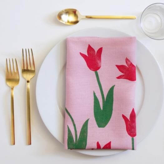 Tulip Napkin Unique Mothers Day DIY Homemade Crafting Gift Ideas Inspiration How To Make Tutorials Recipes Gifts To Make