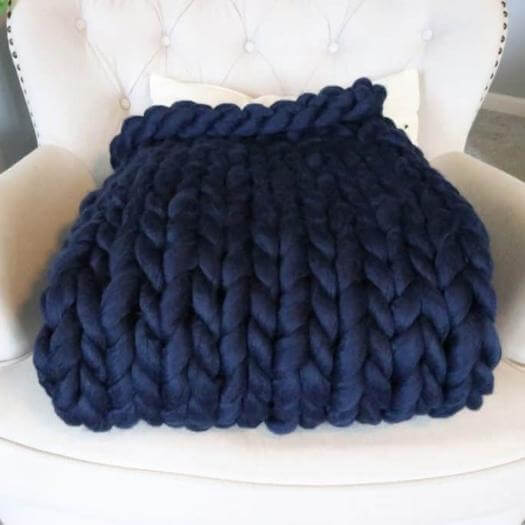 Unique Knit Blanket Unique Mothers Day DIY Homemade Crafting Gift Ideas Inspiration How To Make Tutorials Recipes Gifts To Make