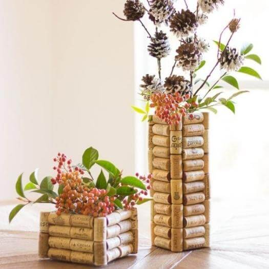Wine Cork Vase Best Friend Mothers Day DIY Homemade Crafting Gift Ideas Inspiration How To Make Tutorials Recipes Gifts To Make