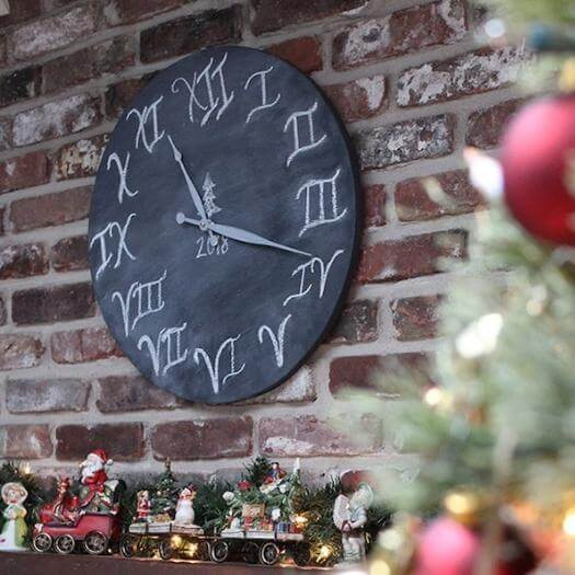 Wooden Clock Sister Mothers Day DIY Homemade Crafting Gift Ideas Inspiration How To Make Tutorials Recipes Gifts To Make