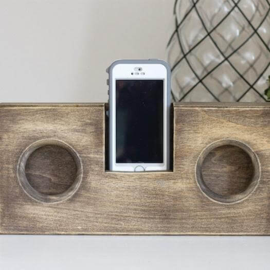 Wooden Phone Amplifier Sister Mothers Day DIY Homemade Crafting Gift Ideas Inspiration How To Make Tutorials Recipes Gifts To Make