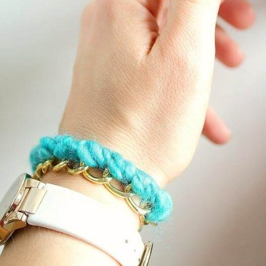 Yarn Bracelet Cheap Affordable Mothers Day DIY Homemade Crafting Gift Ideas Inspiration How To Make Tutorials Recipes Gifts To Make